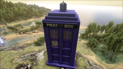 Giant Tardis by Valoule